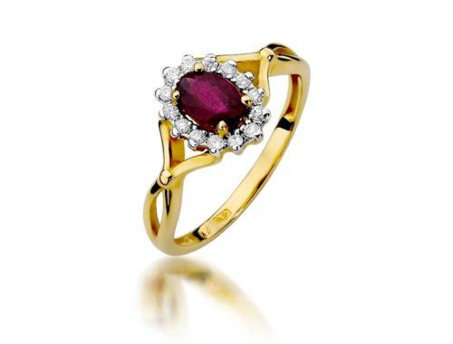 pierścionki z rubinem