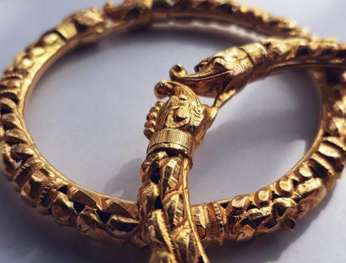 złota biżuteria